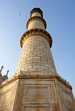 Perspective of one of four Taj Mahal minaret´s