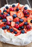 Pavlova cake with fresh berries
