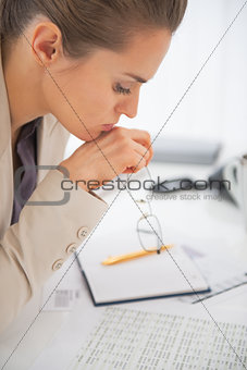 Portrait of business woman with eyeglasses at work