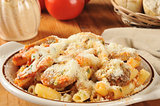 Rigatoni with sausage and marinara sauce