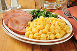 Ham with macaroni and cheese