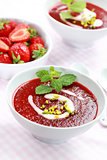 Cold strawberry soup for summer