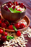 Oat flakes with cherry