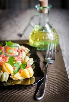 Tulip pasta with tomatoes