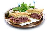 reuben sandwich, pastrami sandwich