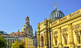 Church Frauenkirche couple in Dresden Germany