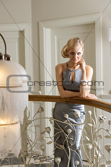blond woman indoor posing