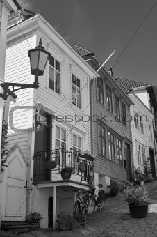Backstreet in Bergen, Norway (black and white)