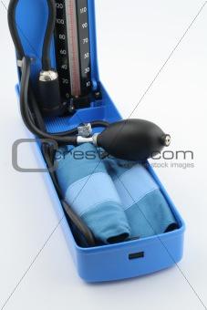 blood-pressure measuring equipment