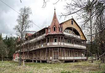Old deserted house