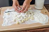 Making pasta gnocchi