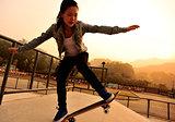 skateboarding woman t skatepark