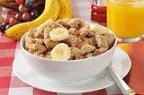 Shredded organic wheat breakfast cereal