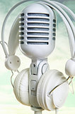 White microphone and headphones