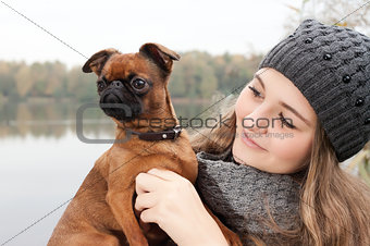 Beauty winter face and dog