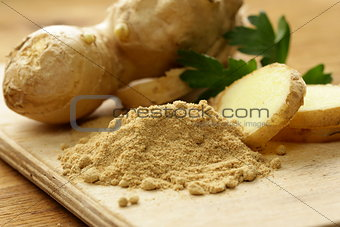 ground and fresh ginger traditional oriental spice