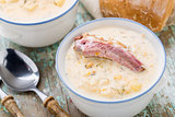 Cheese soup with smoked ribs