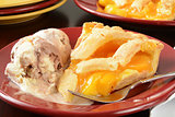 Peach pie and ice cream