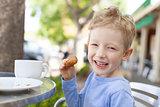 kid in cafe