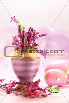 Easter decorations with flowers 