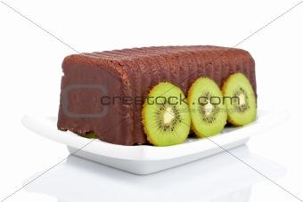 Cake with kiwi on a dish