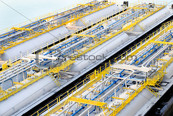 Oil product storage tanks