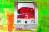 Defibrillator portable