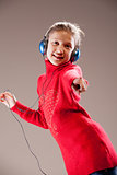 little girl loves music, yeah