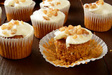 Carrot cupcakes with nuts