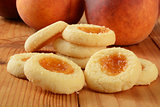 Shortbread cookies with peach filling