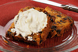 Fruit cake with cream cheese