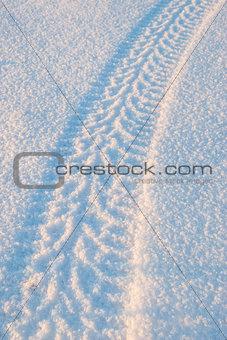 Tire tracks on the snow 01