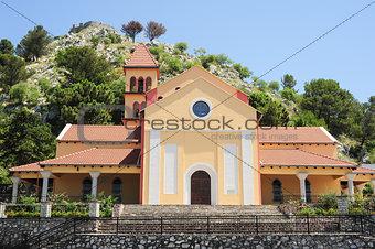 Church an rozafa fortress at Shkodra