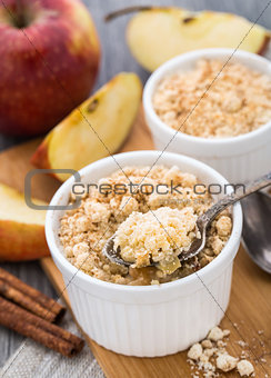 Apple crumble dessert
