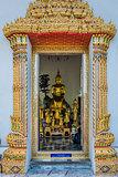 golden budha altar Wat Pho temple bangkok Thailand