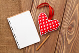 Blank notepad for copy space and vintage handmaded valentines day heart