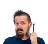 Man surprised by his safety razor efficiency