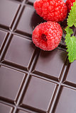 dark chocolate bar with raspberry