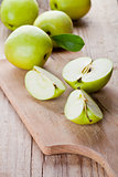 fresh green sliced apples