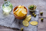 Potato chips with olive tapenade