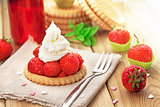 Strawberry biscuit with cream