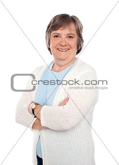 Casual woman posing with crossed arms