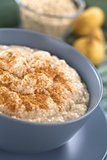 Oatmeal and Maca Porridge with Cinnamon