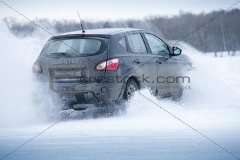 Car offroad spray snow