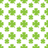 Abstract green clover seamless pattern