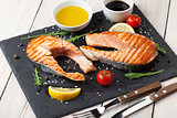 Grilled salmon and spices