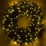 Garland Wreath Lit