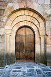 Door of Leire's monastery