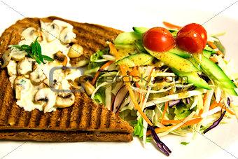 Grilled sandwich with mushroom mayonnaise