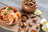 Fried shrimps and mussels
